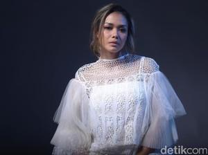 Sosok Adinia Wirasti di Mata Sang Kakak Sara Wijayanto