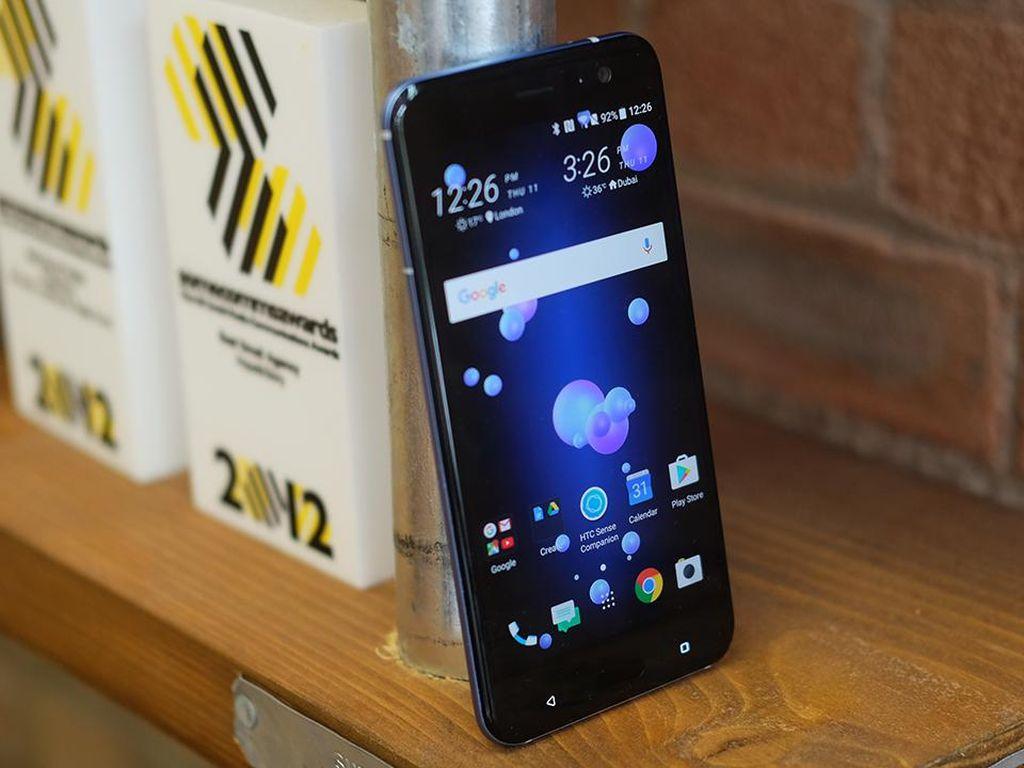 HTC U11, Smartphone Terunik Tahun Ini?