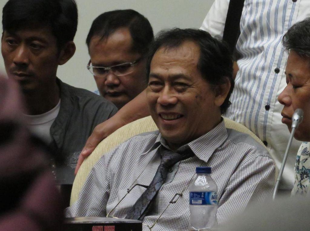 Bikin Penolakan, Sri Bintang Tuduh Jokowi Dekat Dengan China