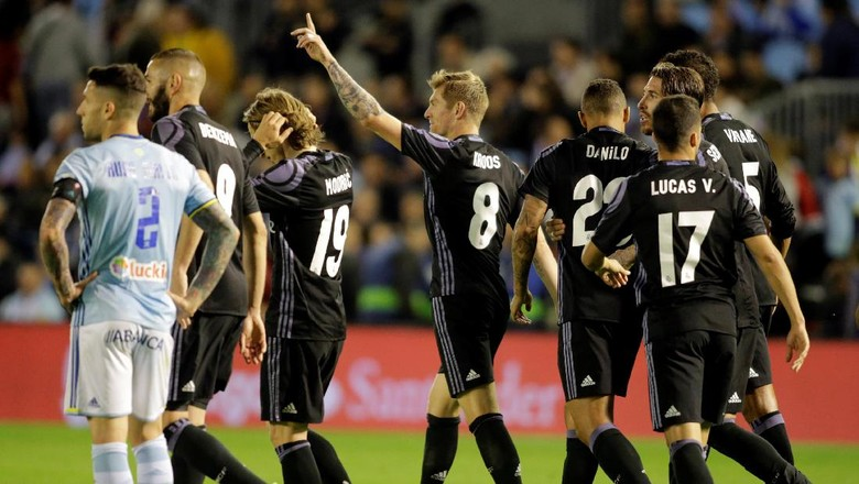 Kalahkan Celta, Madrid Geser Barca dan di Ambang Juara