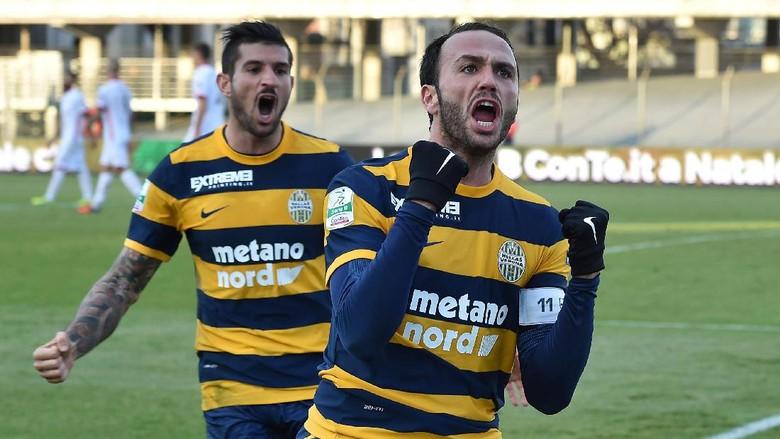 Hellas Verona Kembali ke Serie A