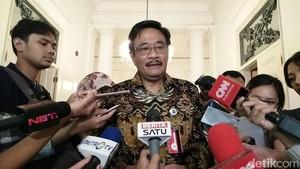 Djarot: Trotoar DKI Sudah Bagus, Jangan untuk Jualan PKL