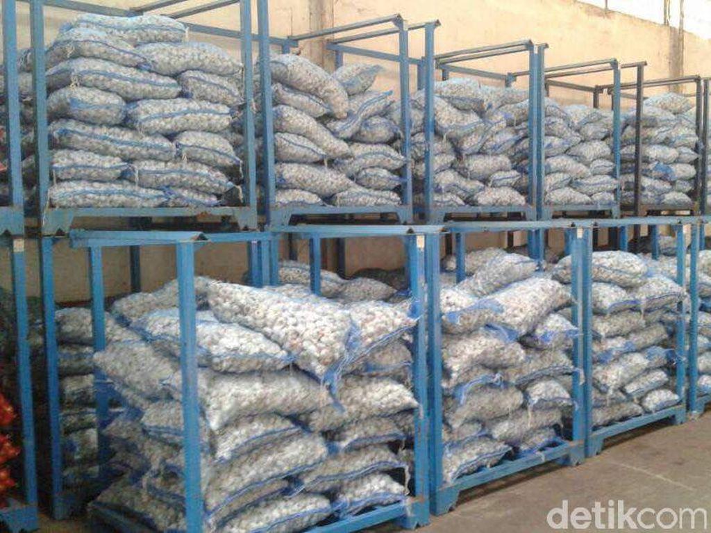 Jelang Puasa Banyak Kasus Penimbunan Bawang Putih Hingga Beras Dioplos