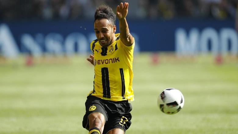 Dortmund Tunggu Tawaran Resmi terhadap Aubameyang, tapi...