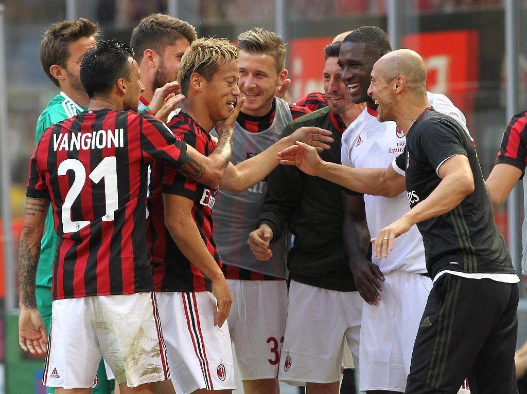 Taklukkan Bologna 3-0, Milan Lolos ke Liga Europa