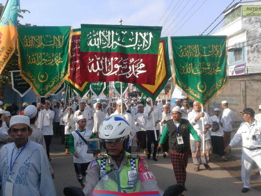 Jelang Ramadan, Tradisi Ziarah Kubra Bikin Palembang Memutih