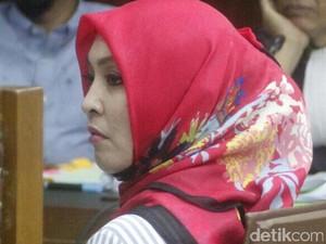 Jadi Saksi Sidang Hambalang, Angie Nangis Dicecar Pengacara Choel