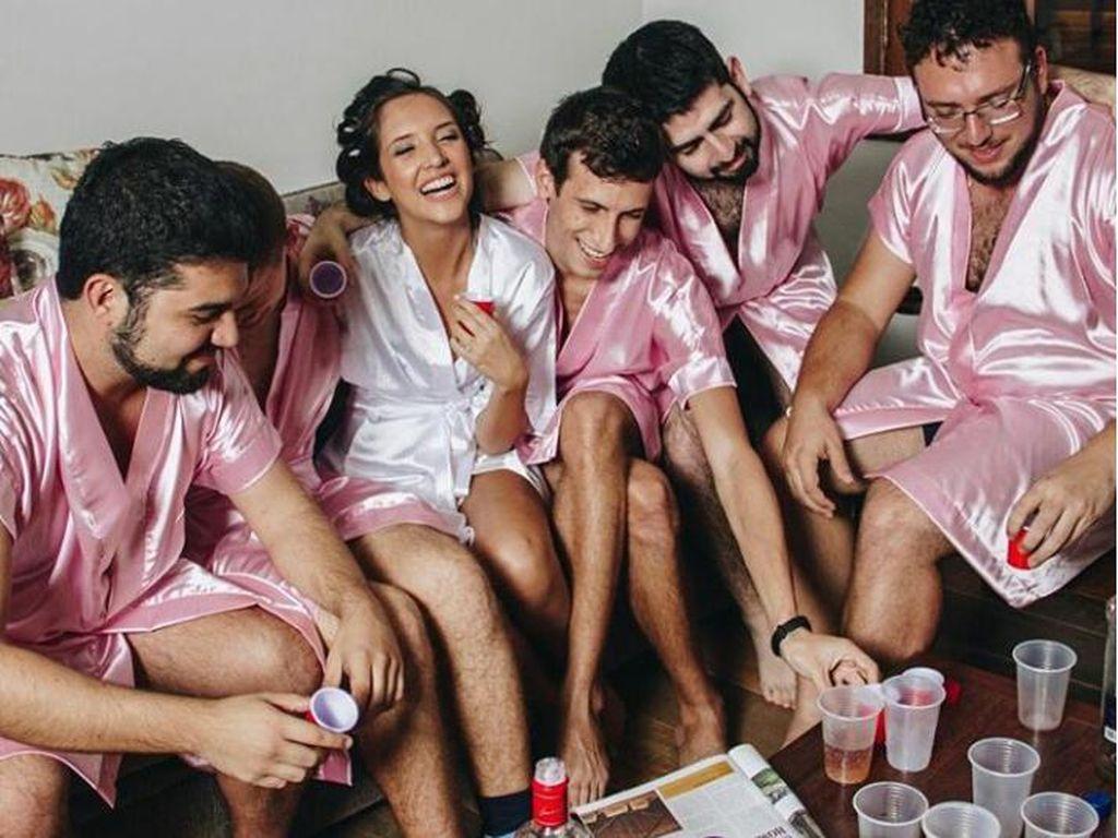 Viral, Ketika Bridal Shower Dilakukan Bersama Teman-teman Pria