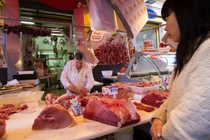 Ikuti Panduan Ini Saat Membeli dan Menyimpan Daging Sapi