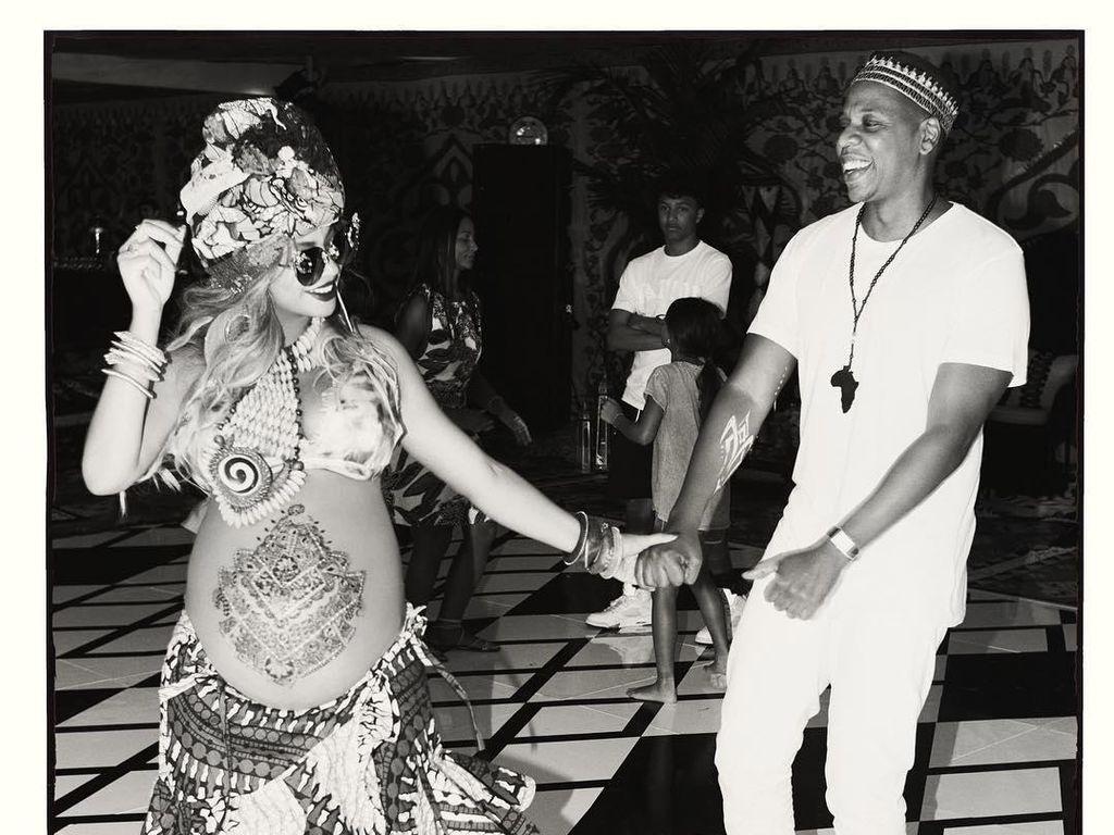 JAY Z Akui Rumah Tangganya dengan Beyonce Sempat Goyah