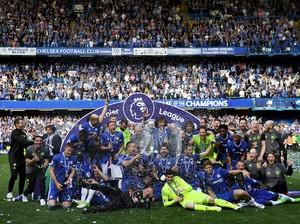 Pesta Meriah <i>The Blues</i> di Stamford Bridge