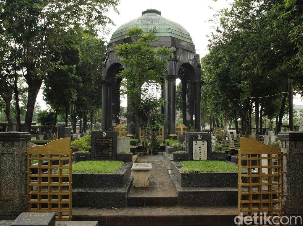 Selain Rumah Habib Rizieq Syihab, Petamburan Juga Punya Mausoleum Megah
