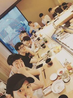 EXO Rayakan Ulang Tahun Suho Tanpa Lay