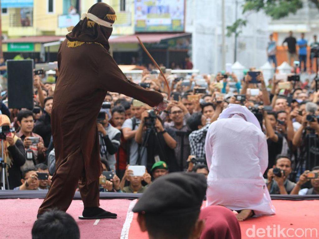 4 dari 6 ABG Pesta Seks di Aceh Usia Anak, Bisa Kena Hukum Cambuk?