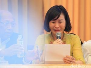 Detik-detik Air Mata Veronica Tumpah Saat Bacakan Surat Ahok