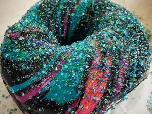 Kerlap-kerlip Cantiknya Bagel Glitter Galaxy yang Manis Legit