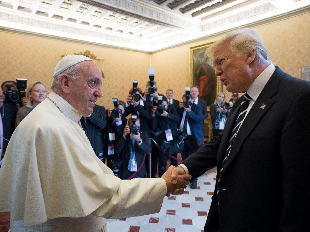 Dear Trump, Ini Pesan Paus Fransiskus Soal Membangun Tembok Perbatasan