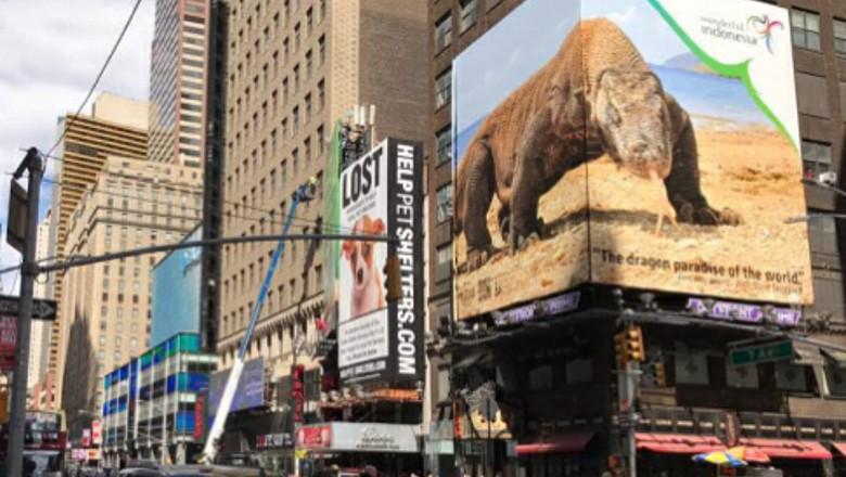 Foto: Tampilan foto komodo yang pernah dipromosikan di Times Square New York (dok Kemenpar)