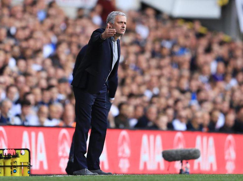 Mourinho Masih Sempurna Atas Ajax