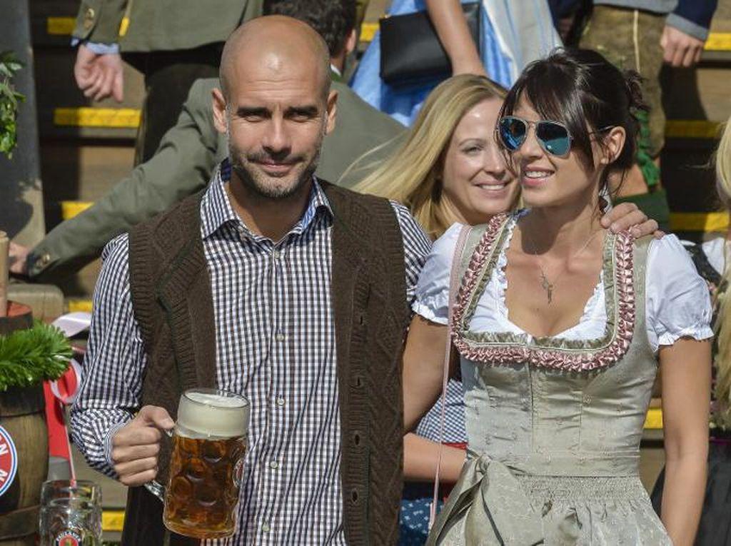 Istri dan Putri Guardiola Selamat dari Serangan Teroris di Manchester
