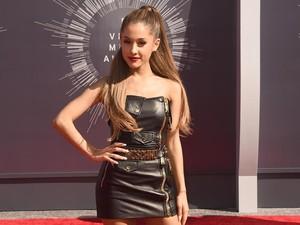 Surat Terbuka Seorang Ayah pada Ariana Grande Viral di Medsos