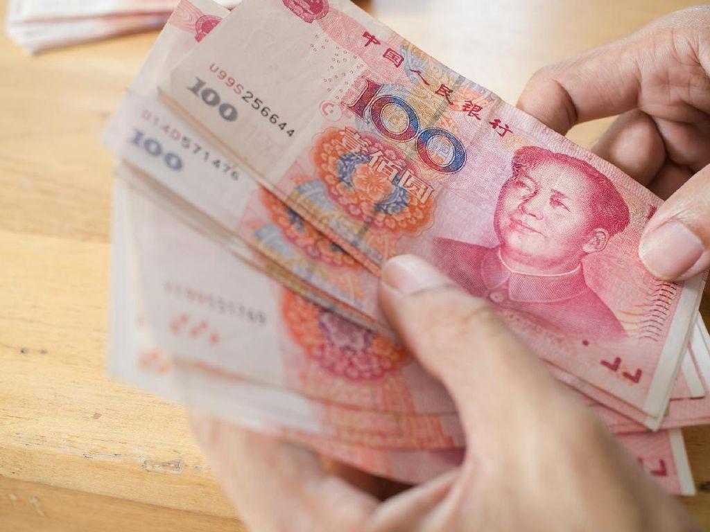 Akali Tarif Trump, China Sengaja Lemahkan Yuan