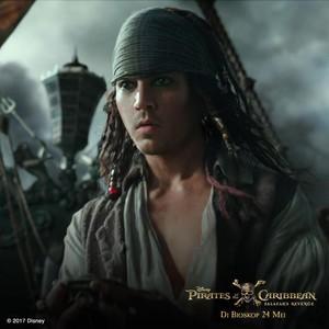 Brenton Thwaites dan Serba-serbi Tentang Pirates of the Caribbean: Salazars Revenge