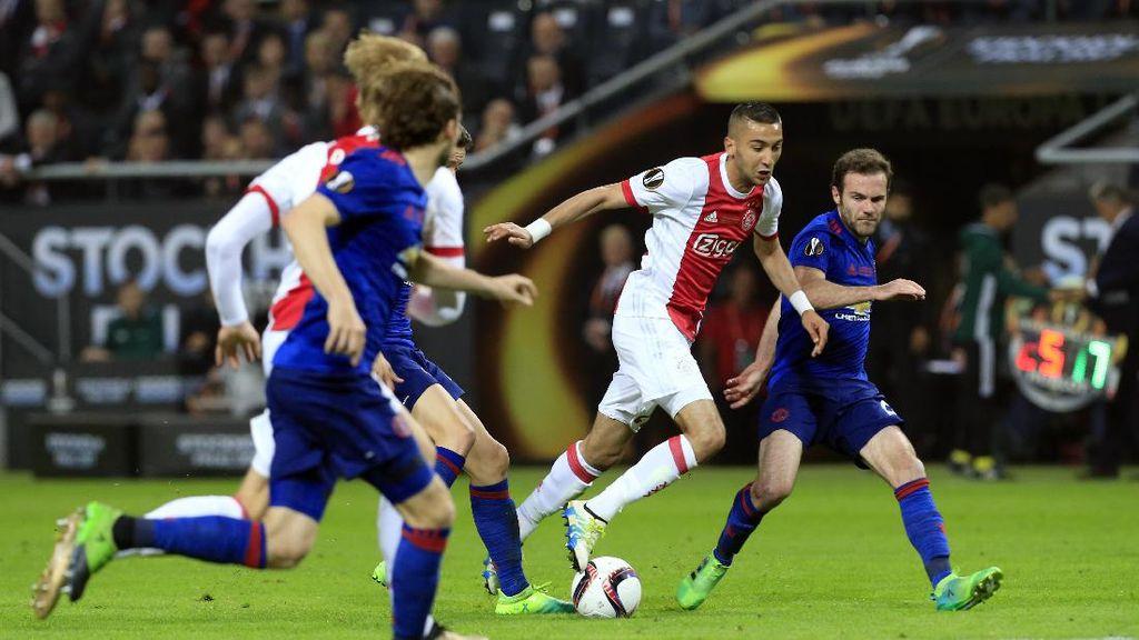 Gaya Main MU Dikritik, Mourinho: Sepakbola Indah Tak Selalu Menang