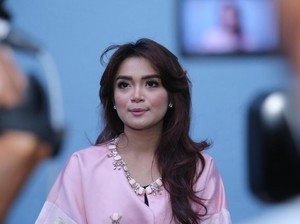 Lady in Pink Sheza Idris