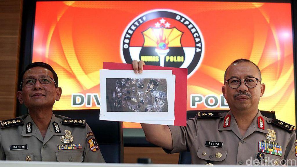 Polri Beri Keterangan Terkait Ledakan Bom Kampung Melayu