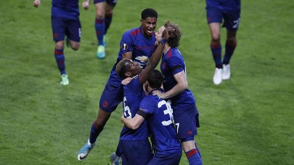 Pogba Bawa MU Ungguli Ajax 1-0
