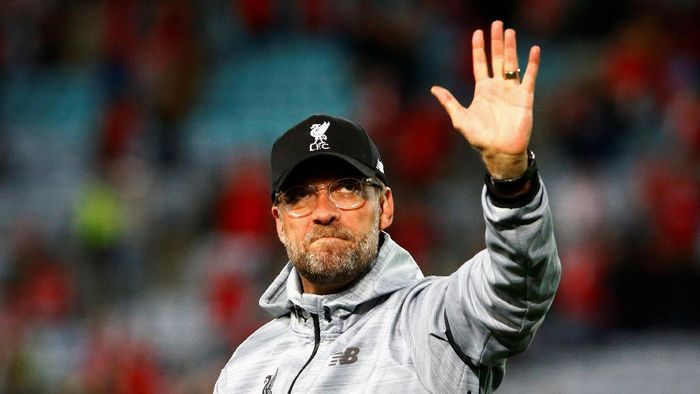 Soccer Football - Liverpool Tour - Sydney FC vs Liverpool - Sydney, Australia - 24/5/17 - Liverpools coach Juergen Klopp reacts at the end of the match. REUTERS/David Gray
