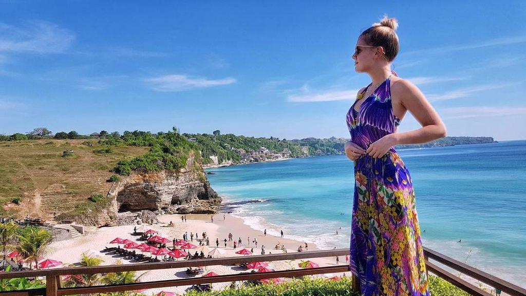 Wanita-wanita Cantik Panama Promosi Pariwisata Indonesia