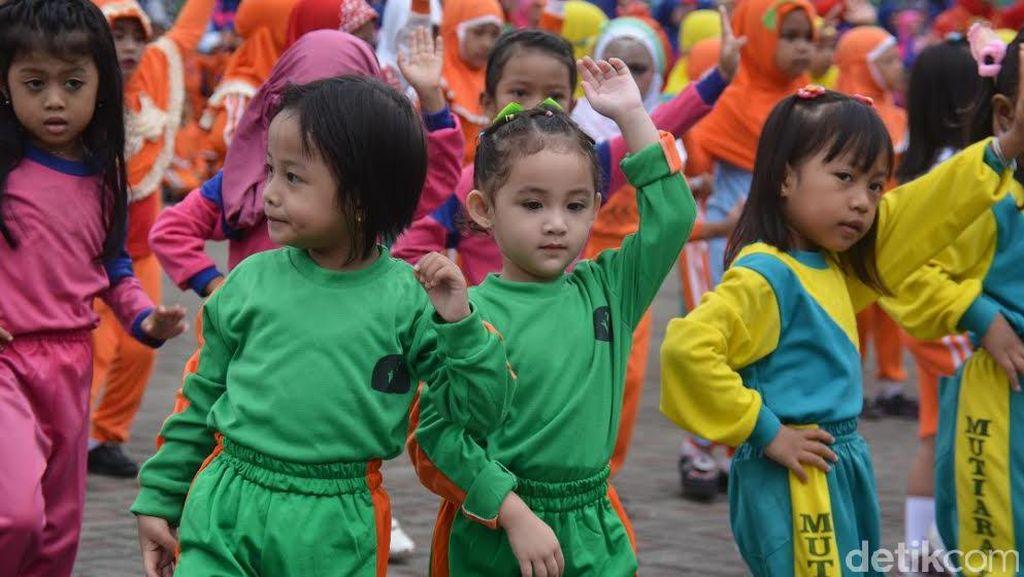 1.000 Anak dan Guru PAUD di Trenggalek Ikuti Senam Kolosal
