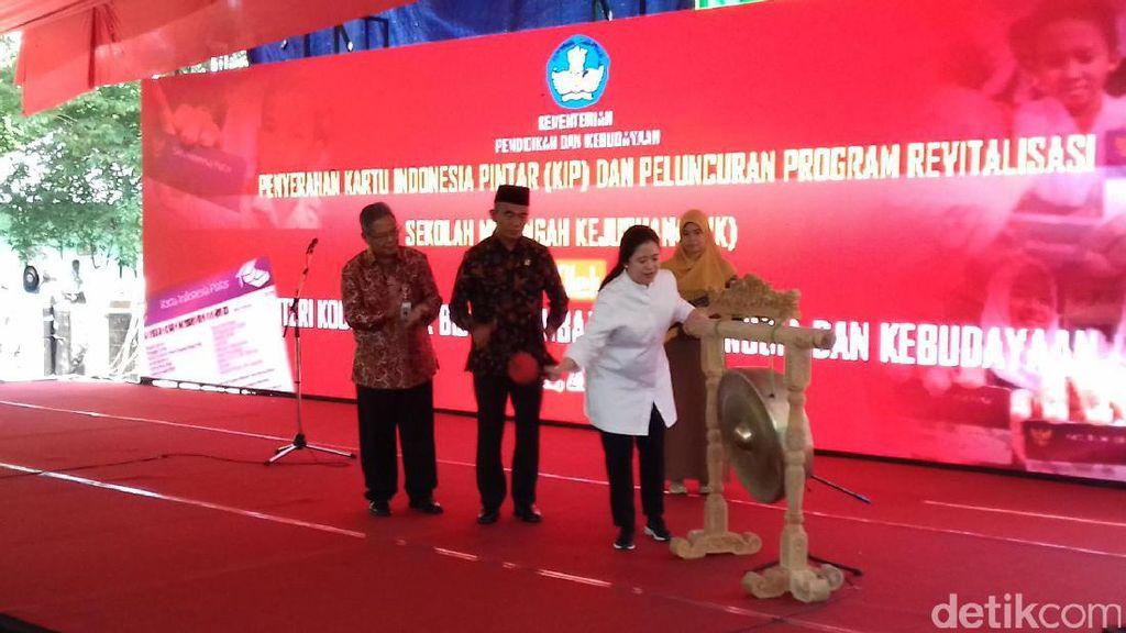 Puan: Tenaga Kerja Indonesia Rata-rata Lulusan SMP ke Bawah