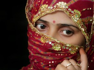 Kisah Manis Wanita yang Wajahnya Rusak Disiram Air Keras Menemukan Cinta