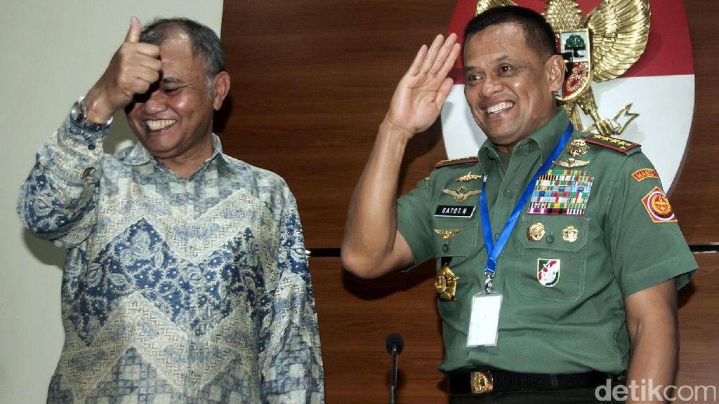 Panglima TNI Umumkan Tersangka Kasus Korupsi Heli AW 101