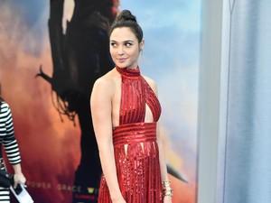 Rahasia Gal Gadot Langsing di Premier Wonder Woman 2 Bulan Pasca Melahirkan