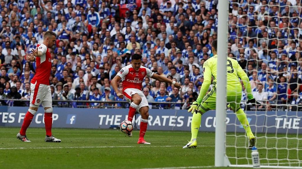 Courtois: Gol Pertama Arsenal Tidak Sah