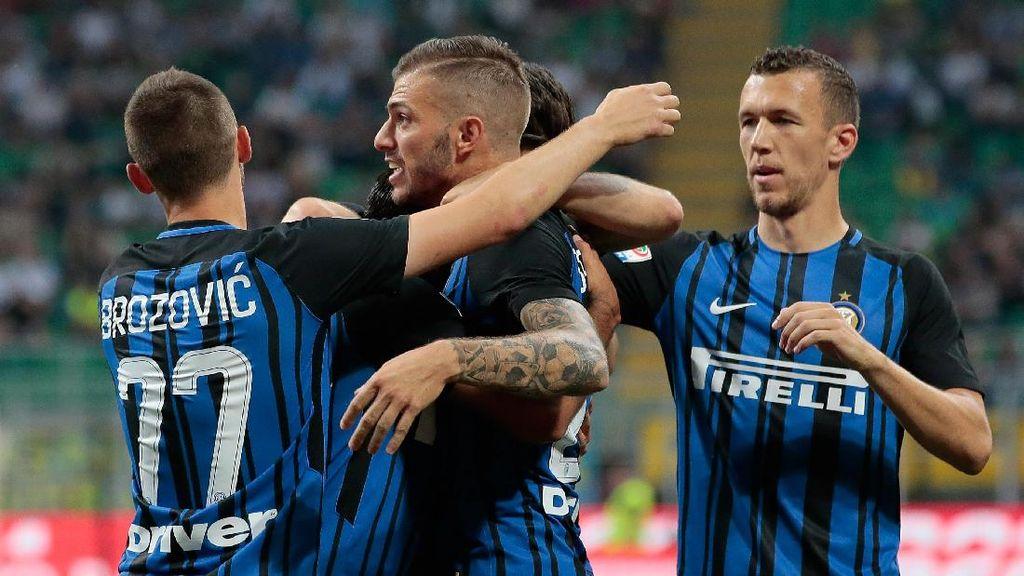 Inter Menang Telak di Pekan Terakhir