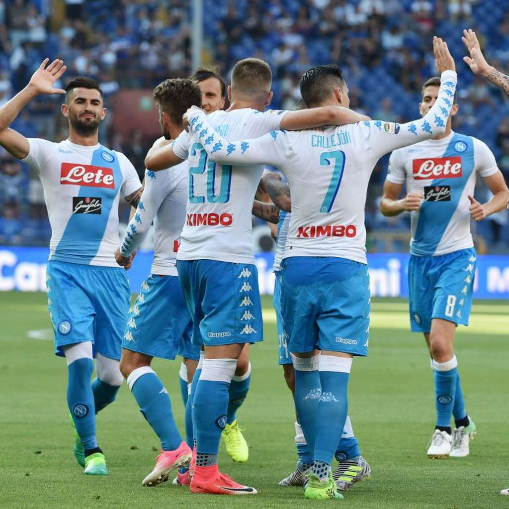 Ucapan Selamat Maradona kepada Napoli