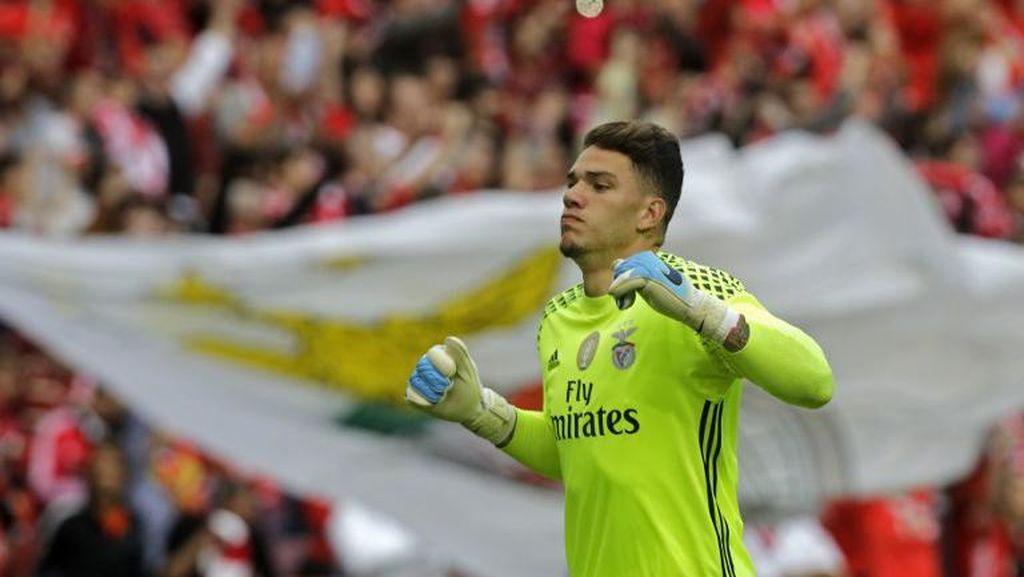 Bidik Kiper Benfica, City Dikabarkan Bakal Pecahkan Rekor Transfer Buffon