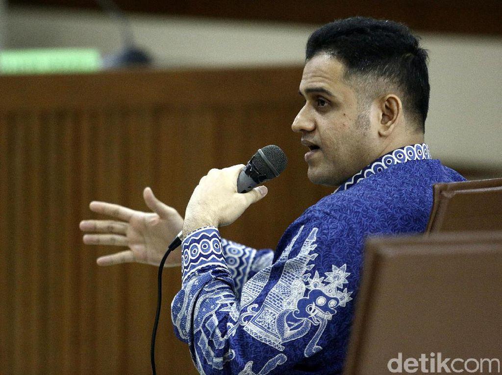 Kebebasannya Disorot, Nazaruddin ke Pembimbing: Istigfar Saja