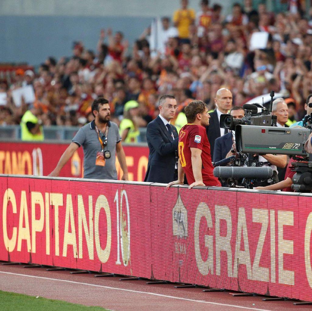 <i>Arrivederci</i>, Totti!