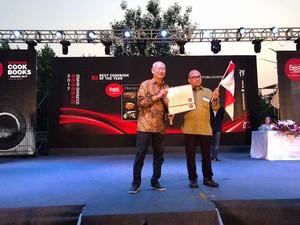 Buku Flavors of Indonesia dan Jakarta Bites Raih Penghargaan <i>Gourmand World Cookbook Awards</i>