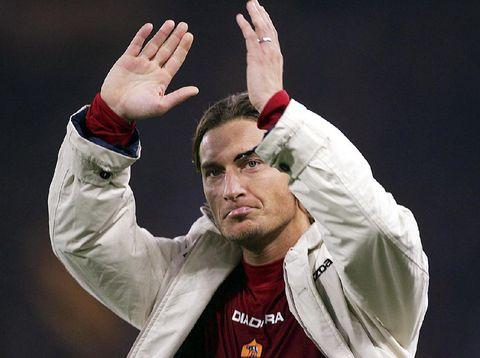 Francesco Totti sempat berencana pindah ke Real Madrid pada tahun 2004