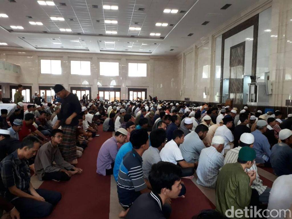 Pemkot: Hanya 6-8 Persen Saja Masjid di Pekanbaru yang Patuh Protokol COVID