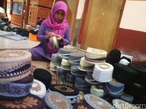 Perajin Peci Bantul Bidik Pasar Asia Tenggara