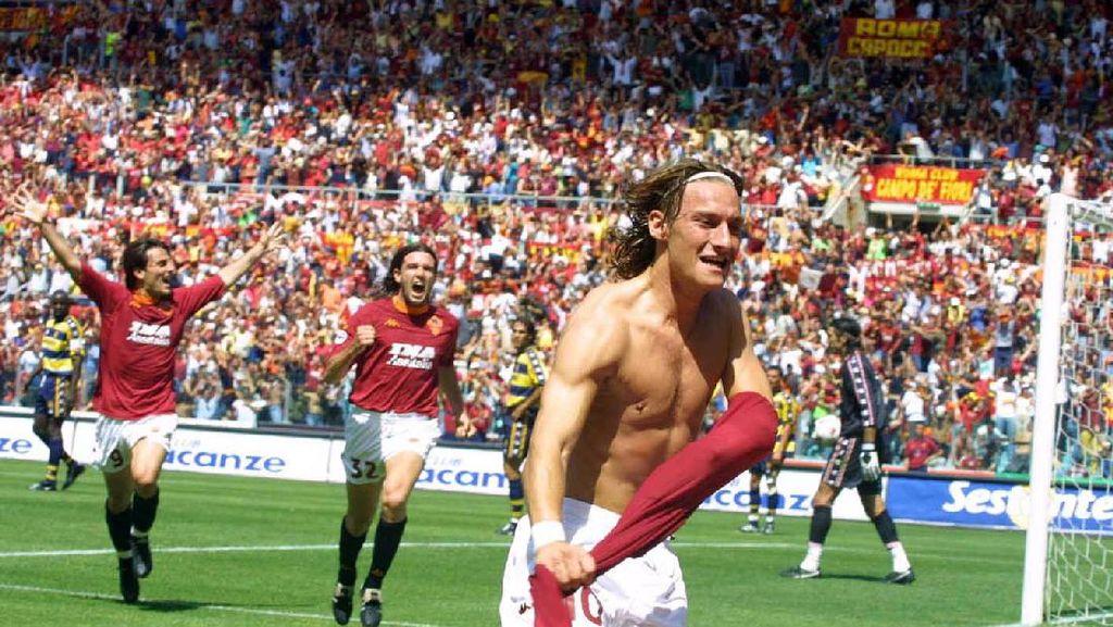 Totti, Roma, dan Cinta yang Tak Perlu Diperdebatkan
