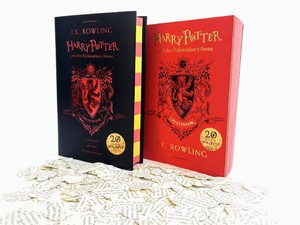 Ini Edisi Spesial 20 Tahun Harry Potter and the Philosophers Stone